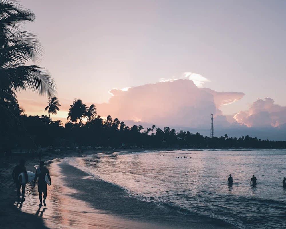 Arugam Bay surfers