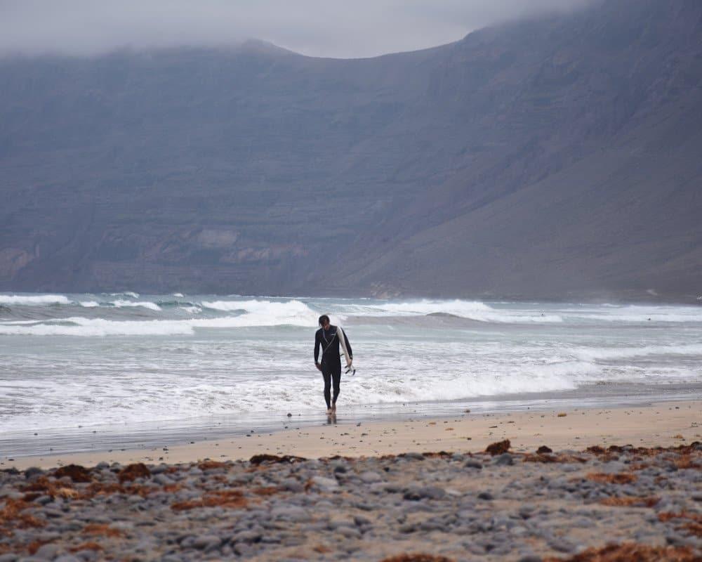 Caleta de Famara surfer