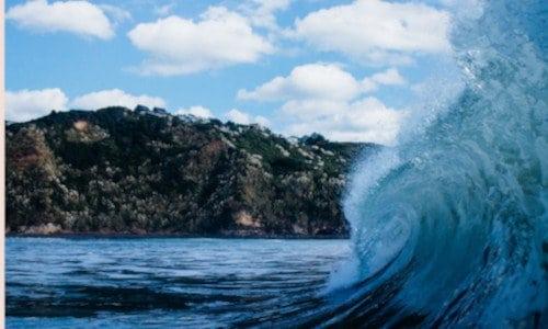 waves in Raglan