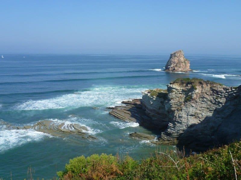 Hendaye surf and waves