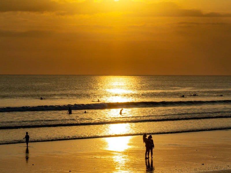 Kuta sunset surfing