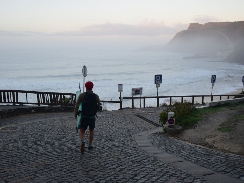 Walk to the surf in Aljezur
